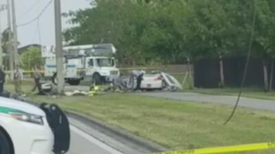 Una persona resultó gravemente herida tras estrellarse con un poste de electricidad