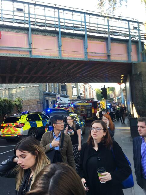 En fotos: Incidente terrorista en una estación del metro de Londres desa...