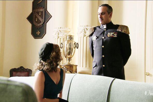 Trujillo se olvidó del amor por Mariana y nuevamente le fue infiel.
