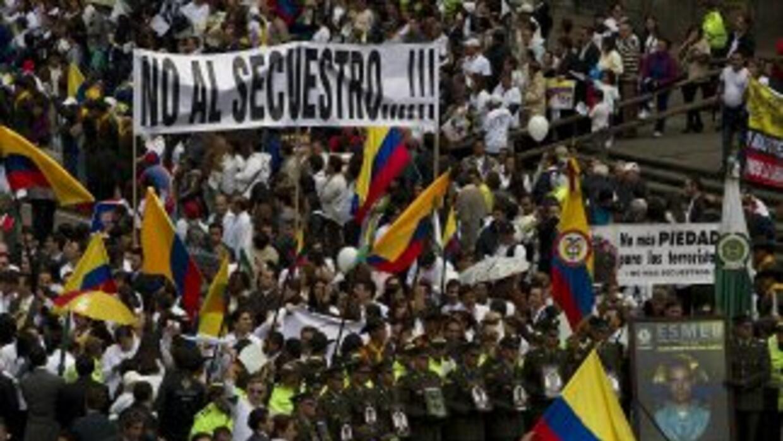 Los colombianos han realizado diversas manifestaciones para exigir a las...
