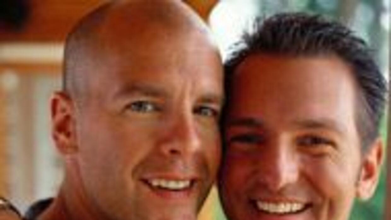 Schwarzenegger y Brown quedaran eximidos de representar a California en...