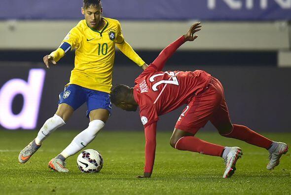 Neymar no dejó que los peruanos disfrutaran el gol tempranero en el part...