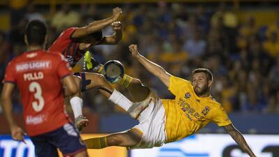En fotos: Tigres se aprovecha de un rival débil y le exprime hasta la última gota