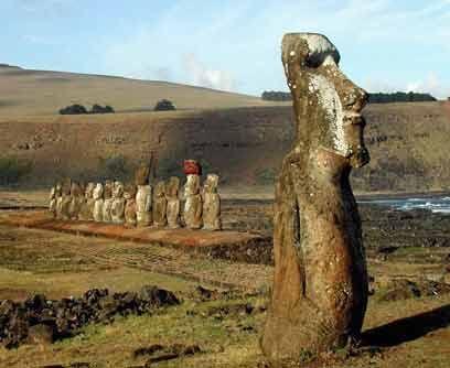 Chile: Parque Nacional de Rapa Nui. Comprende poco más del 40% de la sup...