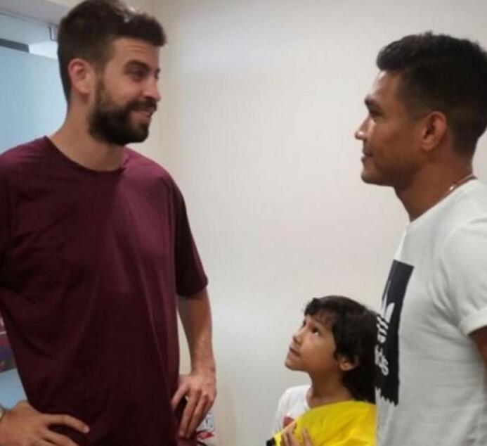 En una visita de Gerard Piqué a Barranquilla, ciudad natal de su esposa...
