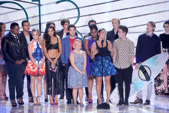 """El reparto de """"Glee"""". Mira aquí lo último en chismes."""