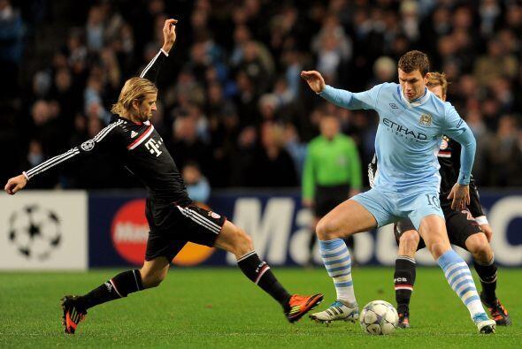 Pero no era el único equipo inglés, ni de Manchester, que peligraba en l...