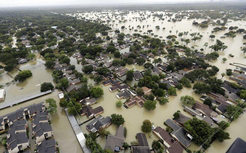 Photos from Houston, Texas: when highways turn into rivers Water from Ad...