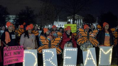 Un grupo de dreamers protestando a las afueras del Capitolio el pasado 2...