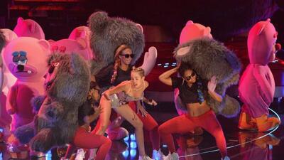 La Fundación Teddy Bear acusó a Miley Cyrus de hacer un mal uso de osito...