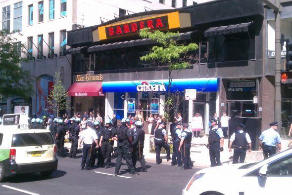 Cientos de protestantes han tomado las calles de Chicago y ya se dieron...