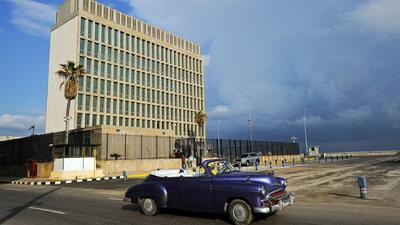 El gobierno de EEUU se plantea cerrar su embajada en Cuba tras los problemas médicos de sus diplomáticos