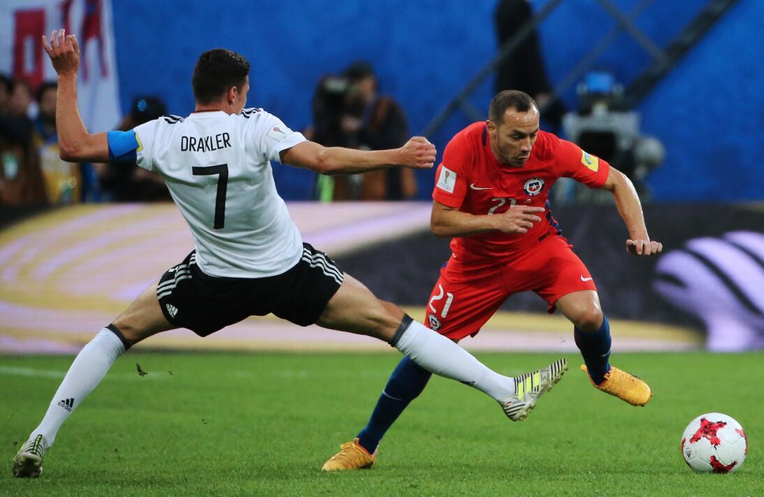 Análisis: Alemania y Chile inventan el micro-fútbol 10.jpg