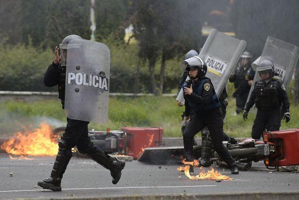 Medios locales detallaron que entonces se reportaron enfrentamientos en...