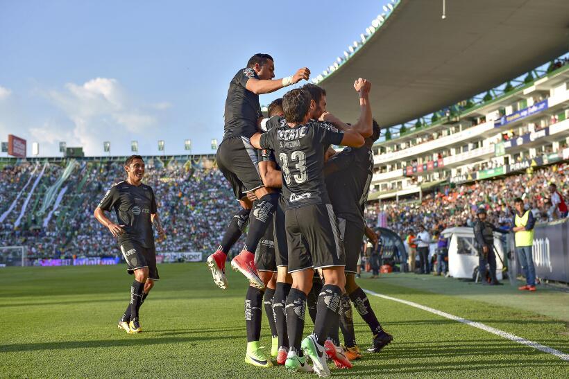 La crisis de Pumas se agudizó tras caer en casa ante Monarcas Morelia 20...