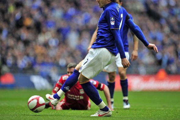El primer gol del juego llegó de los pies de un delantero croata.