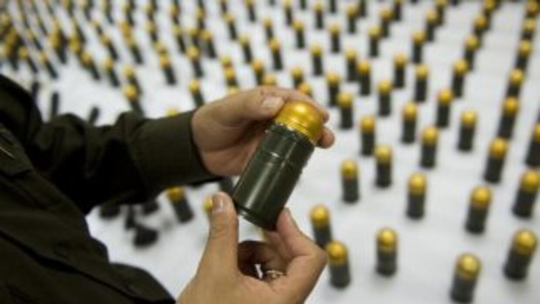 Las autoridades colombianas decomisaron un arsenal de guerra compuesto p...