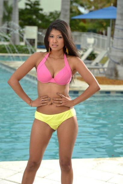 Karina Hermosillo no se cansa de repetir que no será la más guapa de sus...