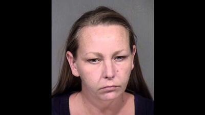 Summer Ann Clark, de 36 años, fue arrestada en enero de 2017 por robo de...