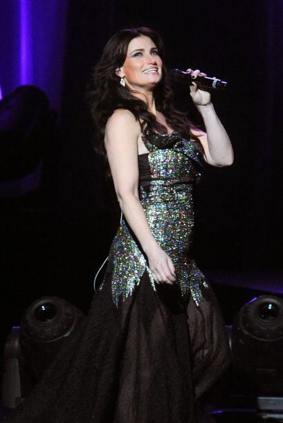 """EL HIMNO NACIONAL Idina Menzel es la encargada de cantar """"Star Spangled..."""