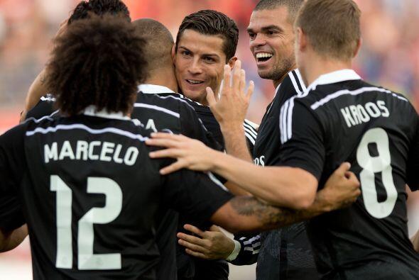 Mientras que el Madrid se metió al campo del Granada y lo venci&o...