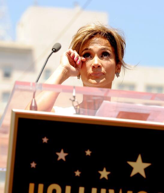 Jennifer Lopez llorando