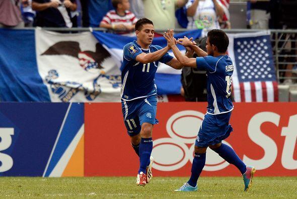 Zelaya salió lesionado del encuentro, fue el único que anotó por El Salv...