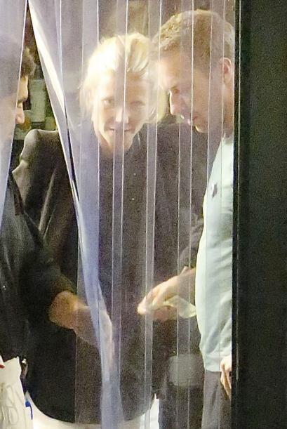 Anunciaron el final de su matrimonio apenas hace unas semanas... Mira aq...