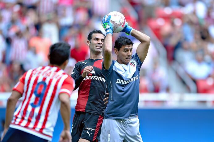 Once de los dieciocho equipos de la Liga MX han optado por encargar el a...