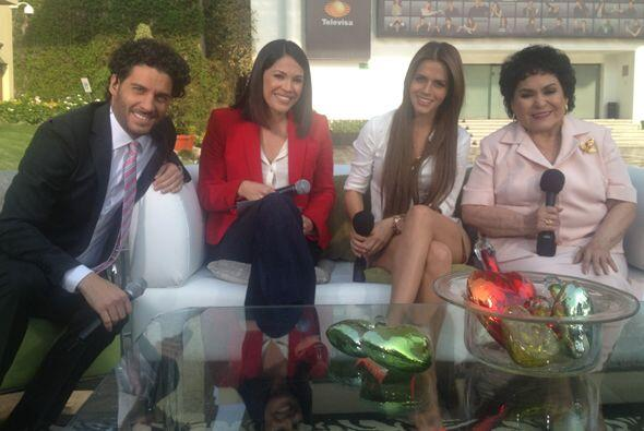 Con Erick Elías, Claudia Alvarez y Carmelita Salinas de la telenovela 'P...