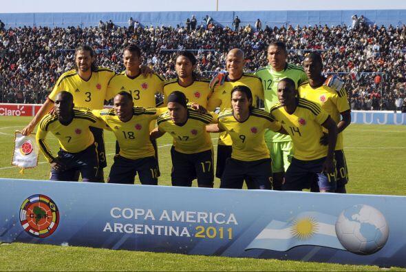 Colombia se ubicó como líder del Grupo A, luego de esta apretada victori...