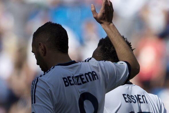 Benzema, de quien no se sabe si seguirá o se irá, hizo otro de los goles.