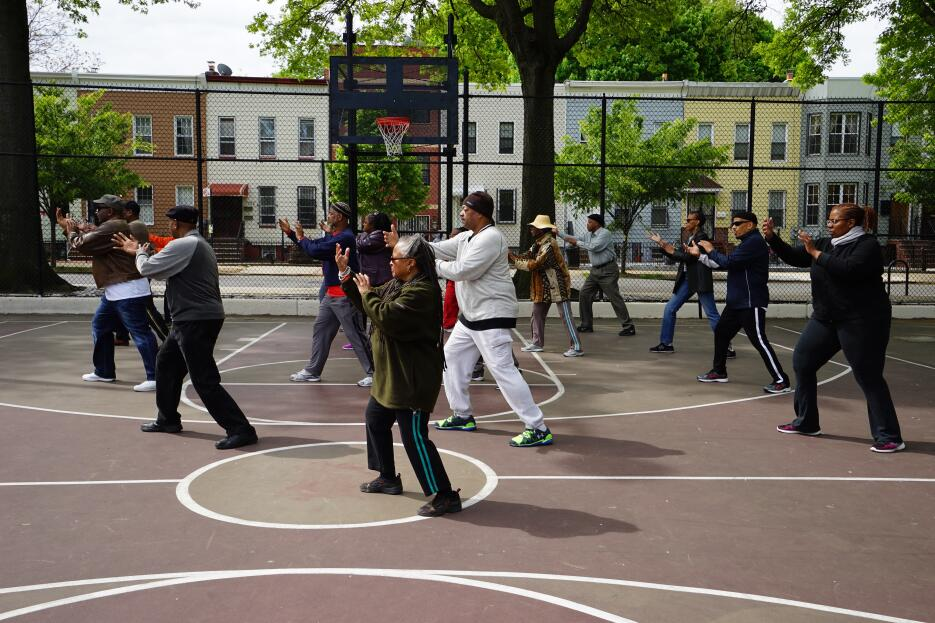 Seniors  se toman Brooklyn DSC09753.jpg