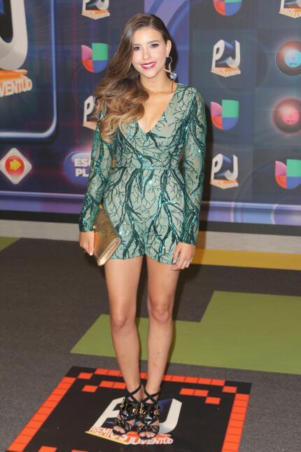 La actriz y cantante Paulina Goto con un diseño del mexicano Benito Santos.