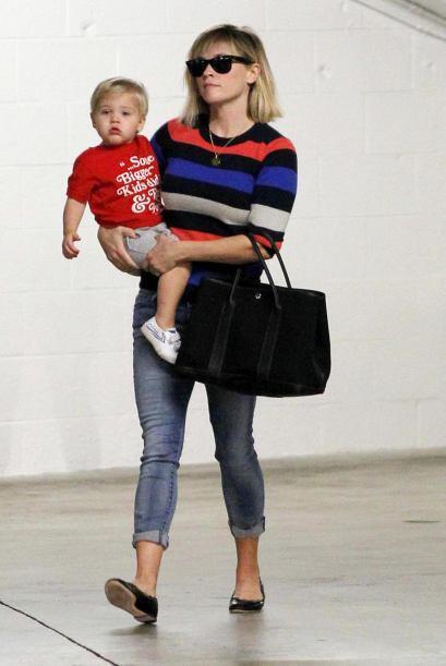 El bolso carmín de Jessica Alba no fue el único que vimos desfilar en la...
