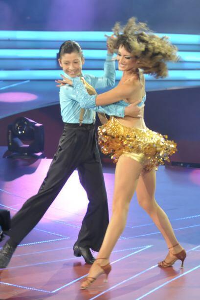 Max, como siempre, mostró su gran profesionalismo y bailó...