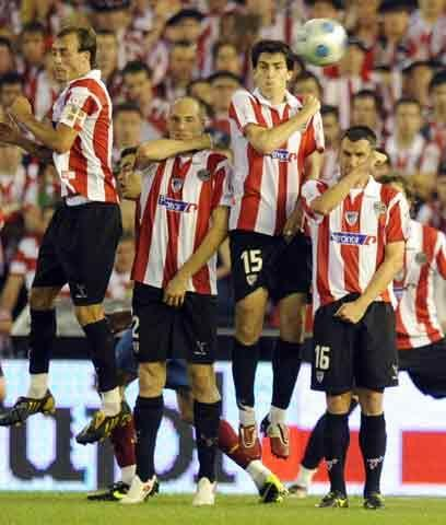 La dificultad del 'patriotismo'El Athletic de Bilbao sigue en su polític...