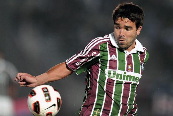 Por último está el encuentro entre Fluminense y Libertad d...