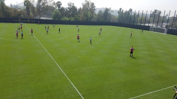 Nueva sede de entrenamiento LAFC dz9vb-zvmaa9y1k.jpg