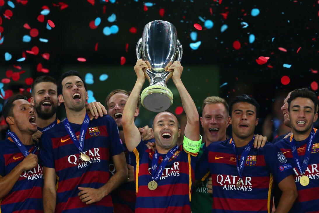 Iniesta, el 'mago' del Barcelona, cumplió 700 partidos con la camiseta a...