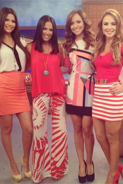 """""""Las chicas de @DespiertaAmericaTv cada quien en su propio estilo. Adivi..."""