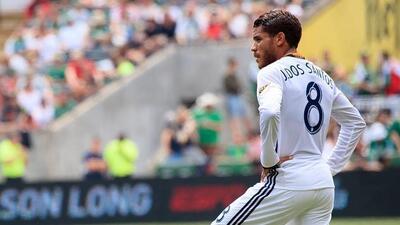 Sabor amargo en el debut de 'Jona' dos Santos como titular en LA...
