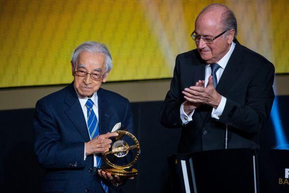El periodista japonés Hiroshi Kagawa se llevó el reconocimiento por su l...
