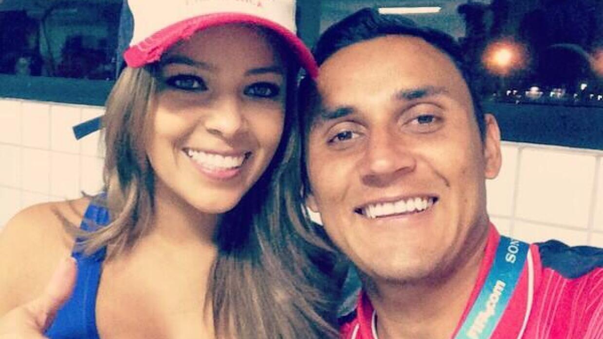 Keylor y Andre Salas se casa.