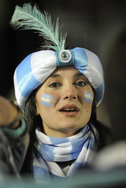 Los argentinos no terminan de disfrutar la Copa, porque su Selección no...
