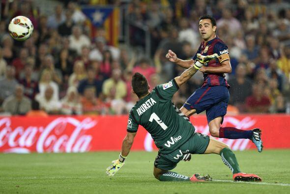 Algo parecido ha sabido manejar el Barcelona, haciendo que la bola circu...
