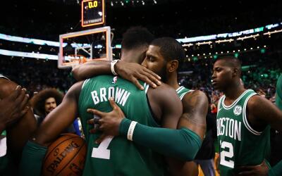 Jaylen Brown lideró a los Celtics con 22 puntos.