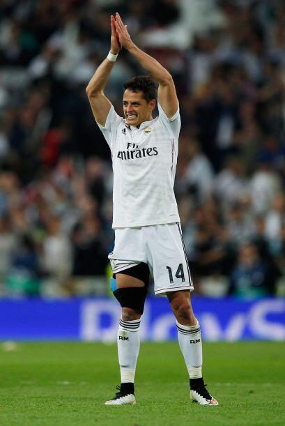 Javier Hernández se retiró del campo entre aplausos y lleno de emoción a...