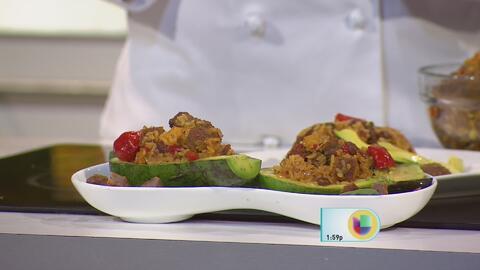 Aguacate Relleno de Mamposteao y Bistec Empanado de Res Premium La Aguad...
