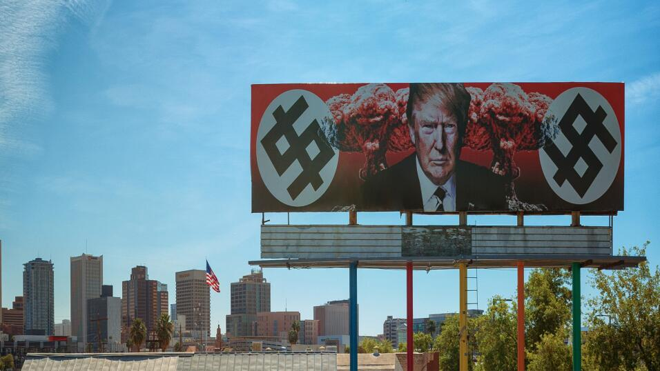Valla publicitaria Anti Trump en Phoenix, Arizona.